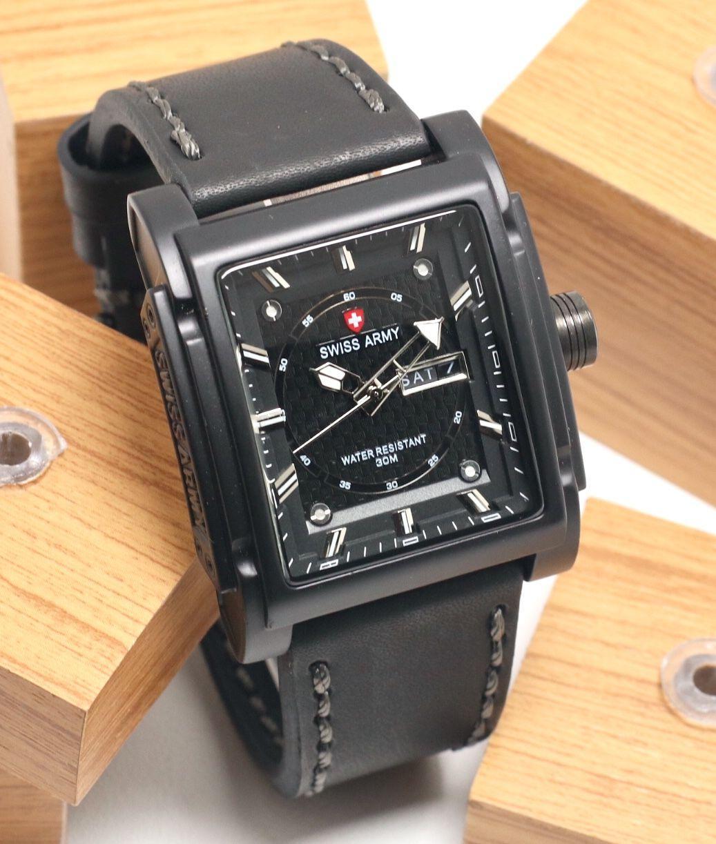 Swiss Army Jam Tangan Pria - Strap Leather - SA 4072 - Hijau