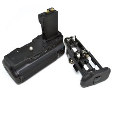Universal Battery Grip For Canon EOS 550D / 600D / 650D / 700D - Hitam