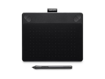 Wacom CTH-490/K1 – Intuos Comic Pen & Touch Small Black