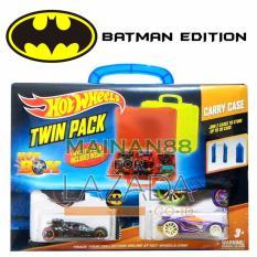 Hot Wheels Batman Tempat Mobil Twin Pack Hot Box isi 2 - MulticolourRp 239.200