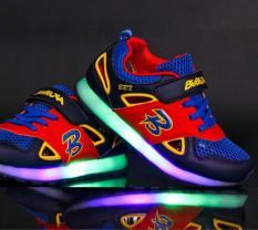 Adapula anak-anak laki-laki dan perempuan 7warnd LED bercahaya sepatu kets sepatu olahraga perekatnya - International