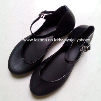 Ivynyx Jelly Shoes Balet Flat Jelly Shoes - Hitam