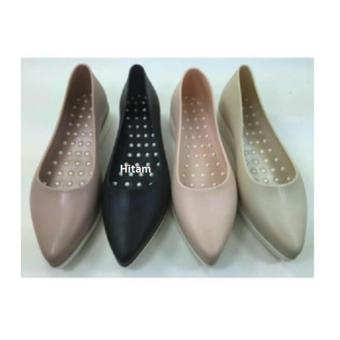 Jelly Shoes Lancip Acely (Hitam)