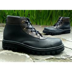 Kickers Crack Black