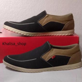 Kickers Sepatu Pria Model KR 909 Black