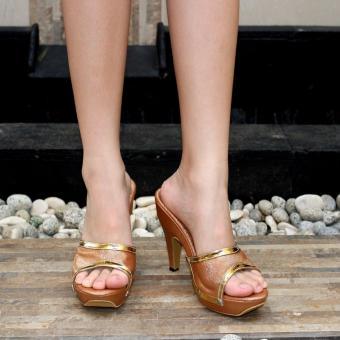 Marlee - Pump Heels Glitter Sandal - Light Bronze