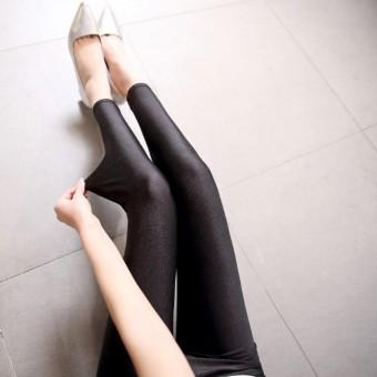 Model perempuan jatuh pakaian luar peregangan celana bottoming celana (Sembilan poin)