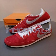 Nike Challenger Red