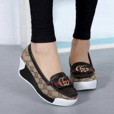 QUEEN: Wedges slip on GC33 - Hitam