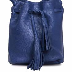 Quincy Label Joy Tassel Bucket Bag - Navy