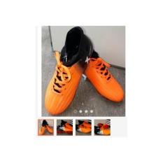 Sepatu Bola Techfit Anak Orange