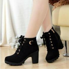Sepatu Wanita Casual Boot Warna Hitam BT02