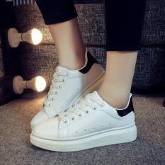 Spring Autumn Korean Students Breathable Couple Shoes High-heeled Casual Sports Shoes (White Black) - Intl