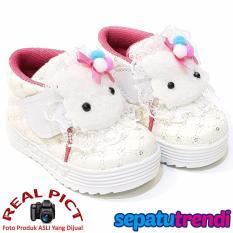 TrendiShoes Sepatu Anak Bayi Perempuan Semi Boot Boneka SBNK - Putih