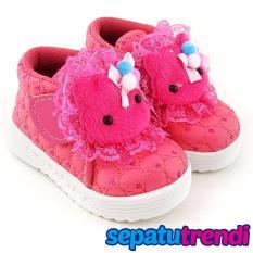 TrendiShoes Sepatu Anak Bayi Perempuan Semi Boot Boneka SBNKTR - Fuchsia