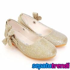 TrendiShoes Sepatu Anak Perempuan Glitter Pita Samping AP013 - Gold