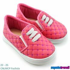 TrendiShoes Sepatu Anak Perempuan Slip On Variasi 3 Tali CNLMCP - Fuchsia