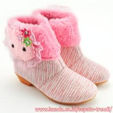 TrendiShoes Sepatu Boot Anak Perempuan Bahan Soft Glitter Garis Boneka - Pink
