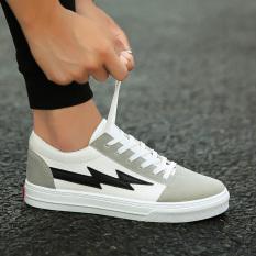 Versi Korea dari kanvas bernapas sepatu olahraga air pasang sepatu pria  sepatu (Putih dan hitam 0f1fd802db