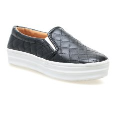 Zada Slip On Quilted - Hitam