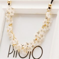 Fashion Daisy Charms Crystal Gem Cubic Zircon Diamond Collar Necklaces&Pendants Women Fine Jewelry - Intl
