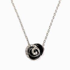 HKS Shining Rhinestone Rose Pendant Necklace Girls Lady Fashion Ornaments