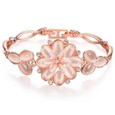 MAK 18K Gold Plated Charm Bracelets Romantic Pink Flower Cuff For Girl Fashion Bangles Engagement Gifts