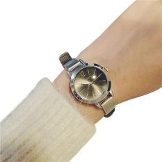 Simple Bracelet Style Lady Fashion Exquisite Fine With A Small Dial Watch black - intl