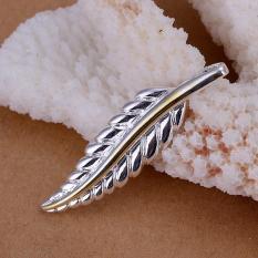 Tiaria P039 Nickel Lead Free Pendant For Gift Aksesoris Liontin Lapis Emas 18K (Silver) (Silver)