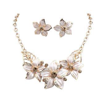 Vanker-Premium Bunga Liontin Chunky Pernyataan Kalung Earrings Set Perhiasan untuk Wanita Wanita (Putih