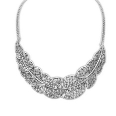 Vintage Fashion Jewelry Leaf Choker Necklace For Women 2016 New Statement Collar Necklaces Nice Quality (Intl)