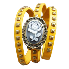 Functional Embossed Flower Retro Leather Handbags Leather Bracelet Watch Ladies Watches