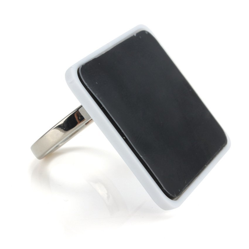 S & F 360 Degree Finger Grip Rotation 3D Ring Stand Mount Holder for Mobile Phone PDA White (Intl)