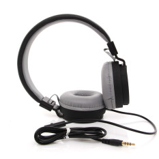 UNiQue Headset In Ear Multimedia Headphone With Built-in Microphone TV-05 - Hitam