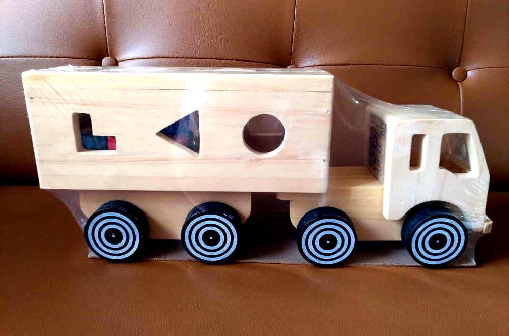 ... Indonesia Wooden Toys - Mainan Kayu Edukatif Truk Bentuk Geo - Sorting Truck - 3 ...