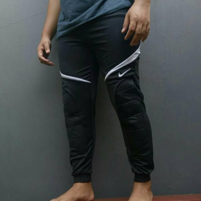 Celana Panjang Kiper Nike 001