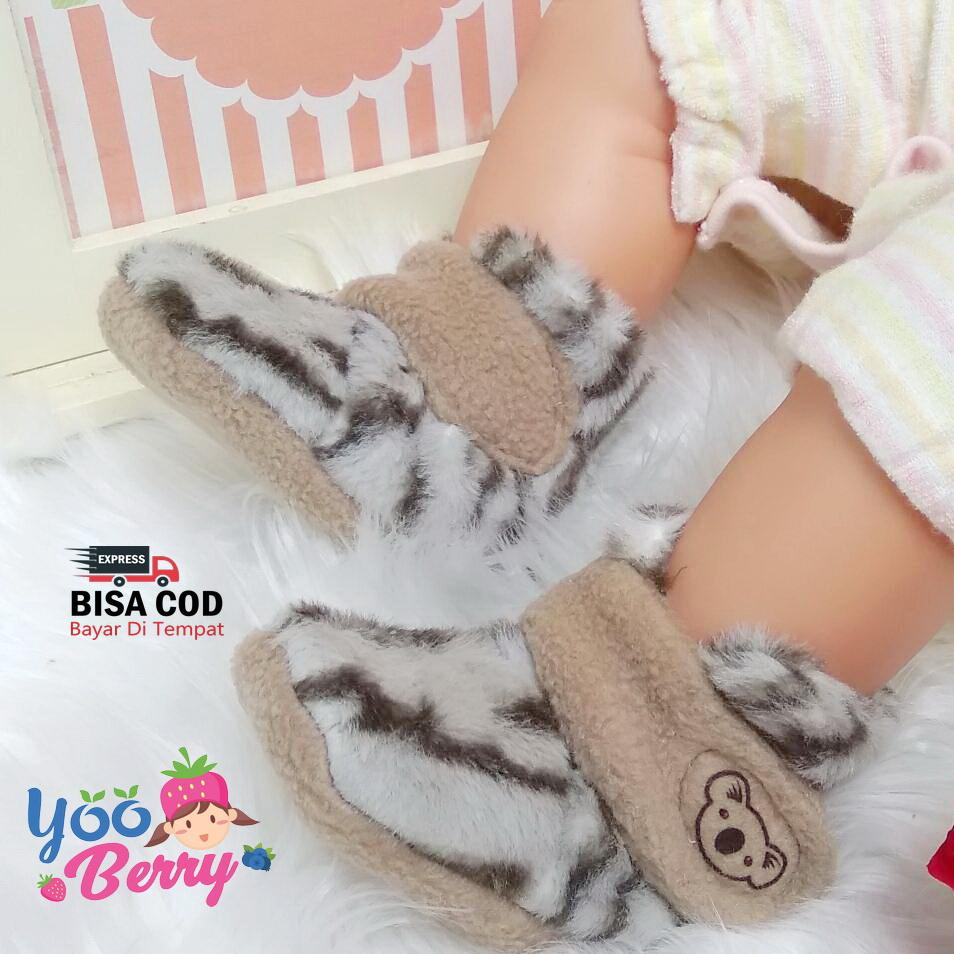 YooBerry Cuddle Me Sepatu Bayi Prewalker Fitted Booties Tiger White