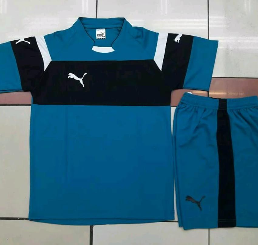 Setelan Seragam Futsal Puma Motif Baru