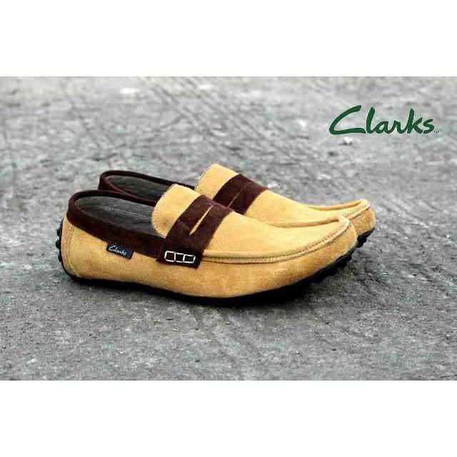 Sepatu Casual Slip On Low Pria Clarks Morises - Sepatu Formal. Keren Cowok
