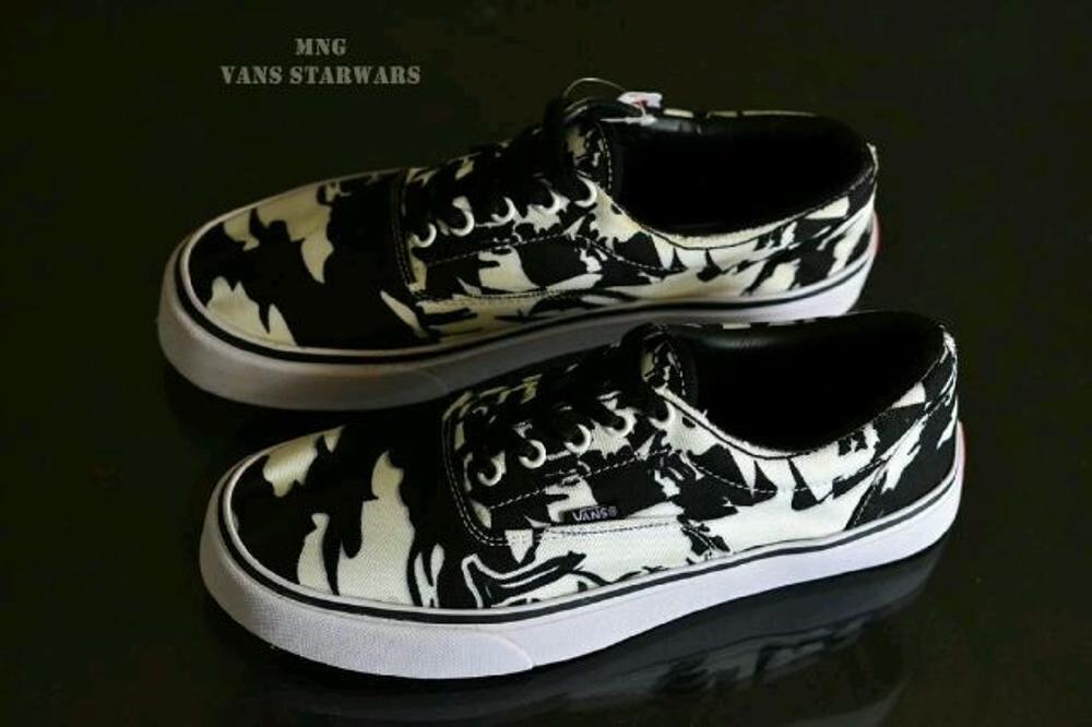 Promo Sepatu Vans Starwars Sneakers Pria  Fashion