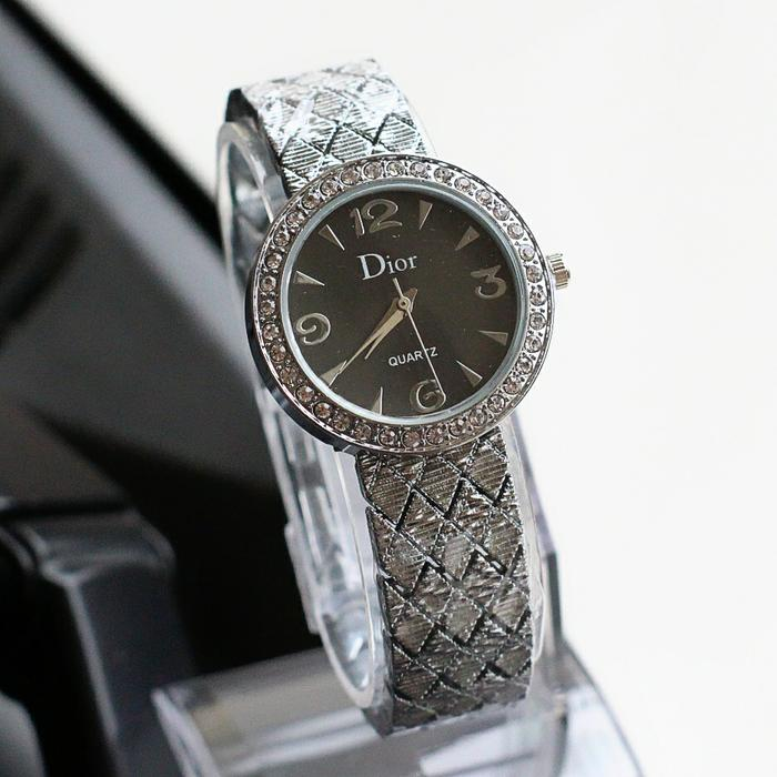 PROMO TERBATAS!!! jam tangan wanita dior laris / jtr 1160 silver plat hitam Terbaru Murah