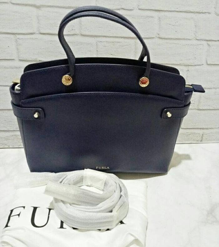 Furla Agatha Medium Navy Leather. Tas Furla Original