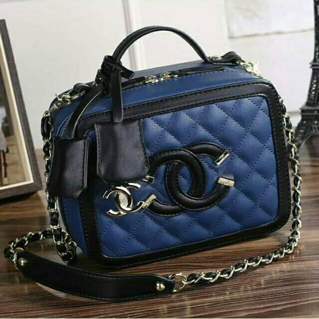 Tas Chanell Square Blue Bahan Pu 27X27