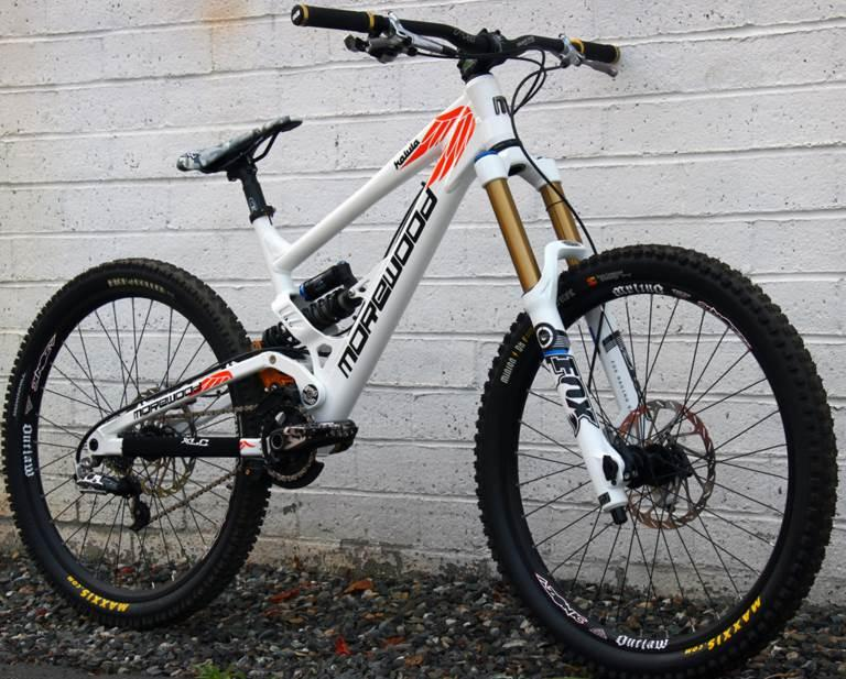Downhill bike from Polygon to be brought to the US, Canada and Europe