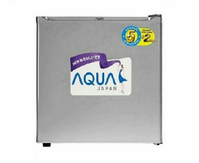 Terbaru!! Kulkas Mini Portable Aqua Sanyo Aqr-D50F - ready stock