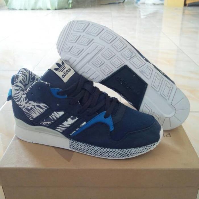 Sepatu Basket Pria, Adidas ZX 930 Cordura, Navy Putih.