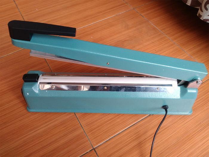 Impulse Sealer Xander 20cm body besi SF-200 / Mesin Pengemas Plastik