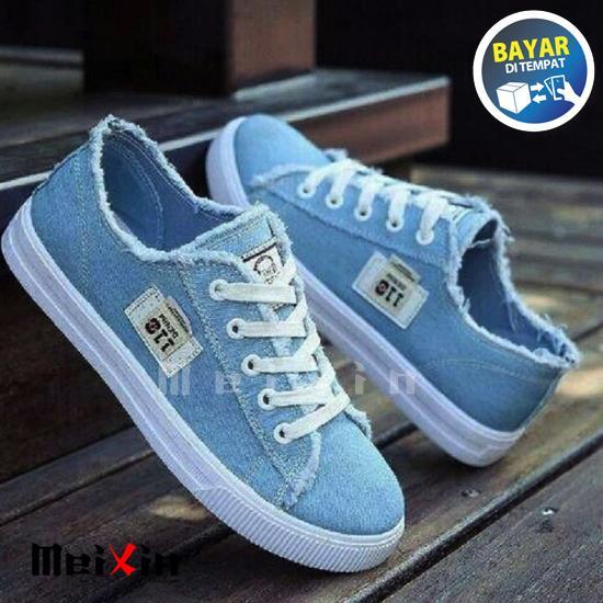 MeiXin Sepatu Kets Sneakers dan Kasual / Sepatu Wanita Kets Murah Denim  Biru Dan Hitam DC 011