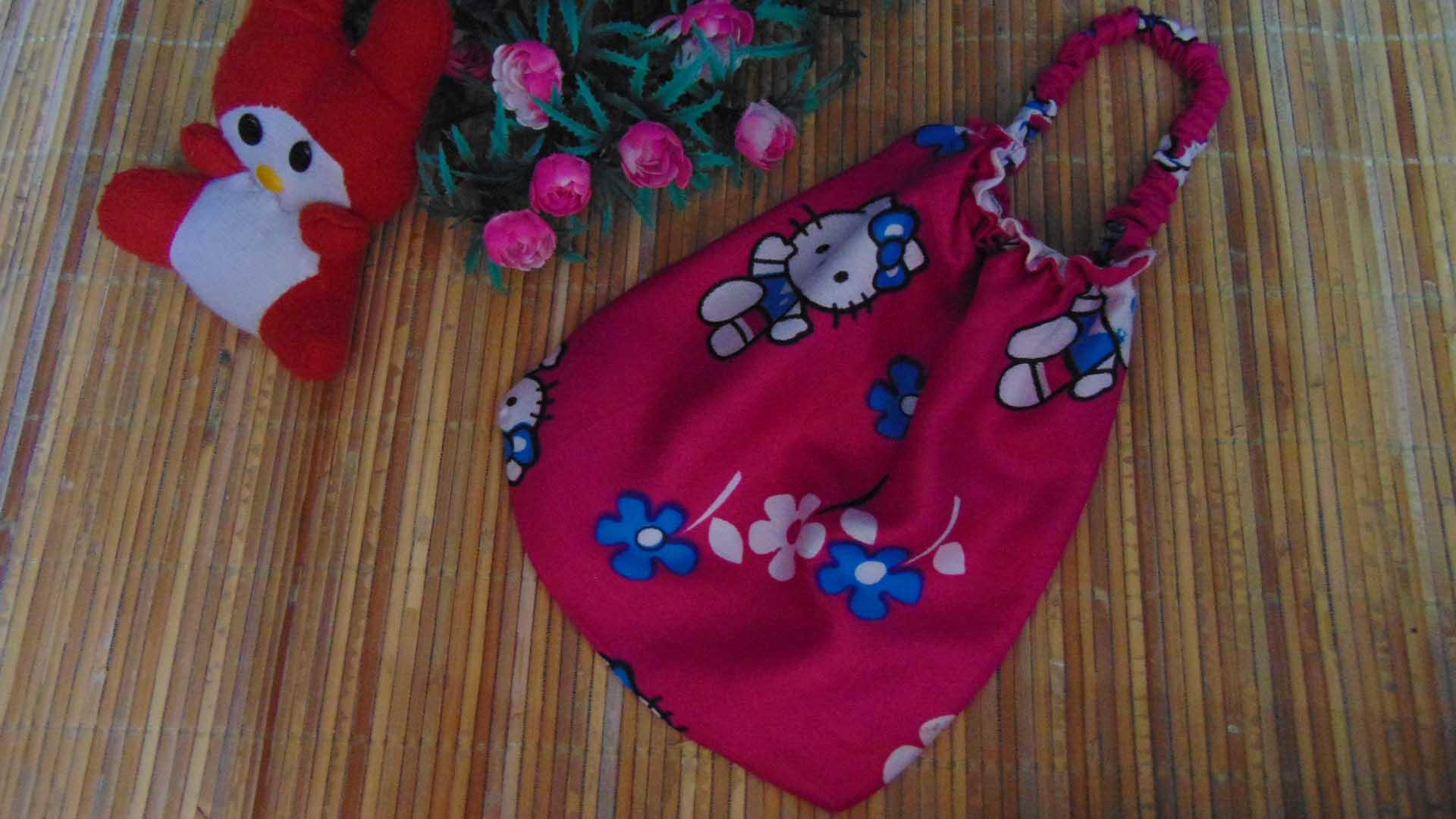 Detail Gambar kembarshop - FREE Pouch Tas Mukena Anak Bayi 0-2th Murah Adem  Banget Motif Hello Kitty Pink Terbaru acebddc35d