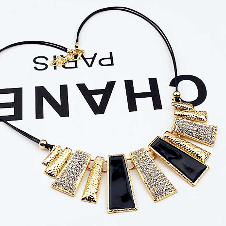 BEST SELLER kalung chanel hitam emas kotak/ chanel necklace gold black JKA004 TERMURAH